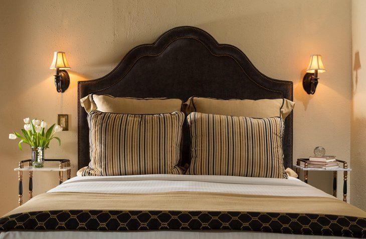 Albert Room bed