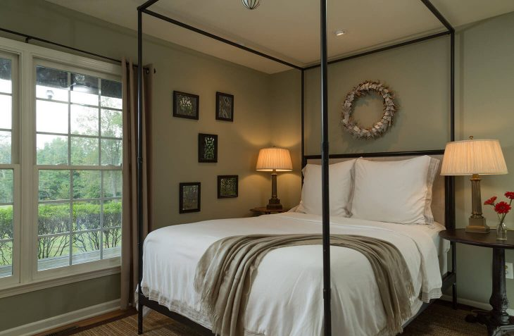 Mews Cottage bedroom
