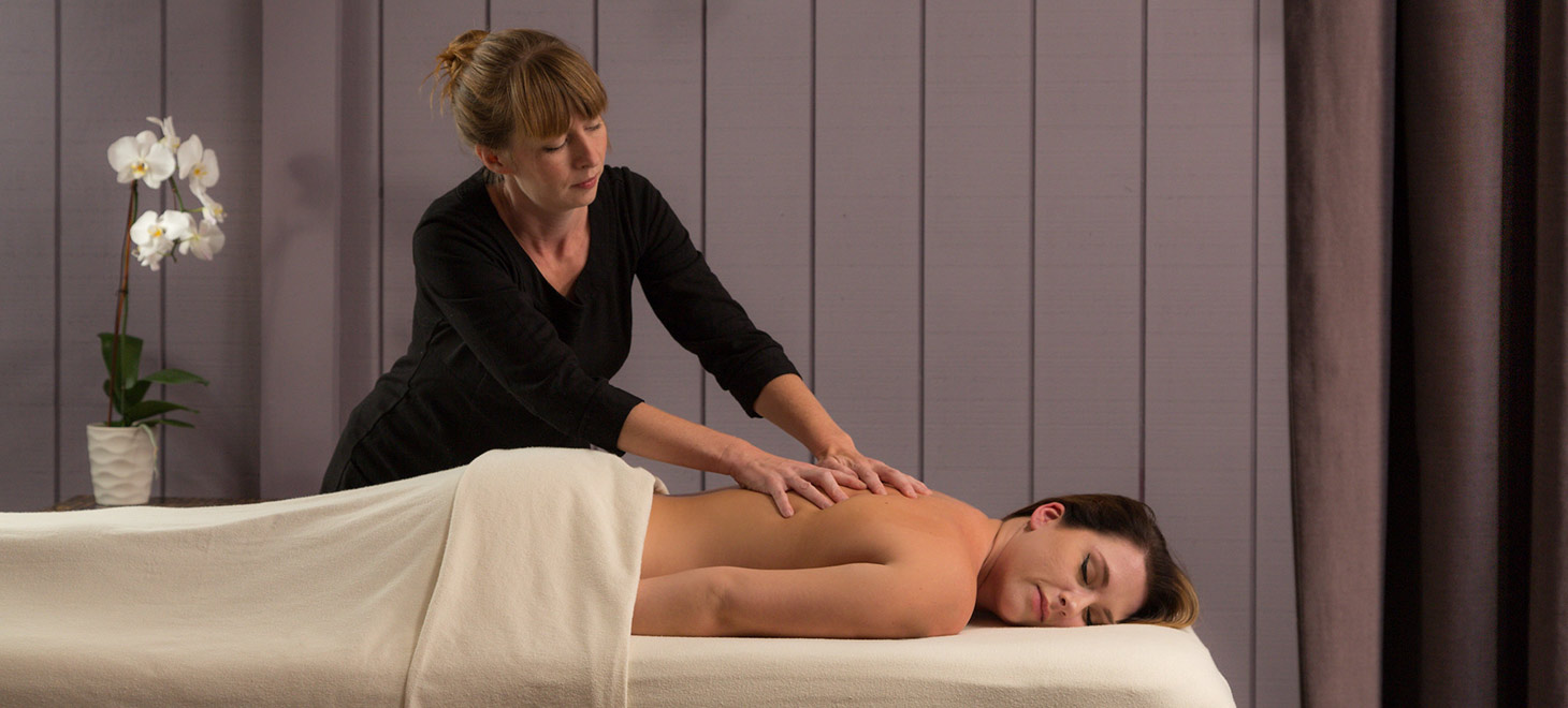 Massage treatment at the Glen Gordon Manor Spa