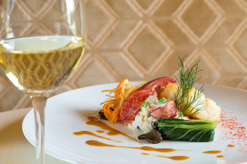 Food and wine at Houndstooth Restaurant