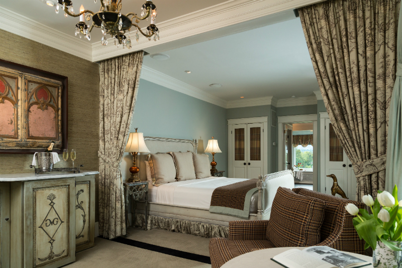 Luxurious Room at Glen Gordon Manor