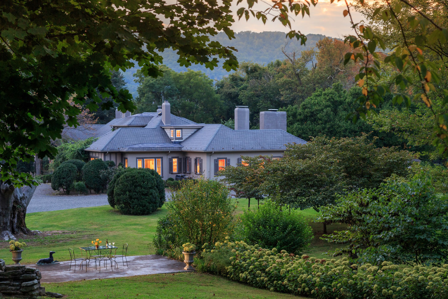 Glen Gordon Manor Exterior at Sunset
