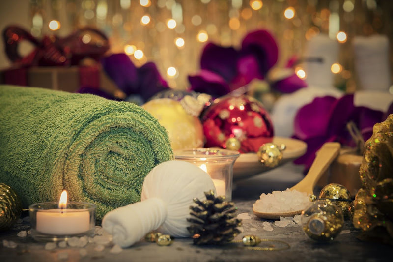 spa items with a holiday theme