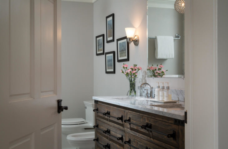 Our Fyvie Suite bathroom, perfect for romantic getaways in va