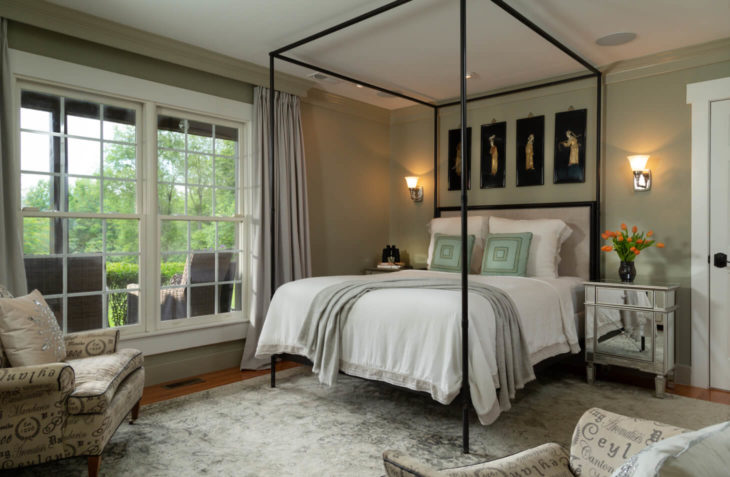 Huntly hotel: Fyvie Suite bed