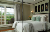 Fyvie Suite bed with va mountain view