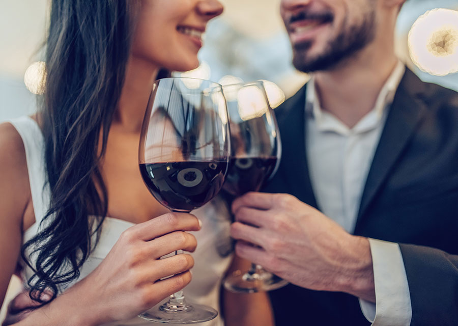 Wine and Restaurants in Virginia Wine Country - Couple toasting wine