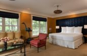 Huntly Suite bed and seating area